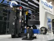 XBOSS tire changer: the real news in Automechanika 2016