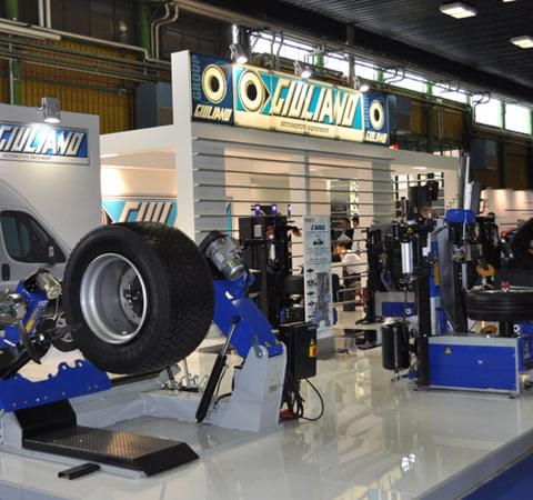 Giuliano booth at Autopromotec 2015