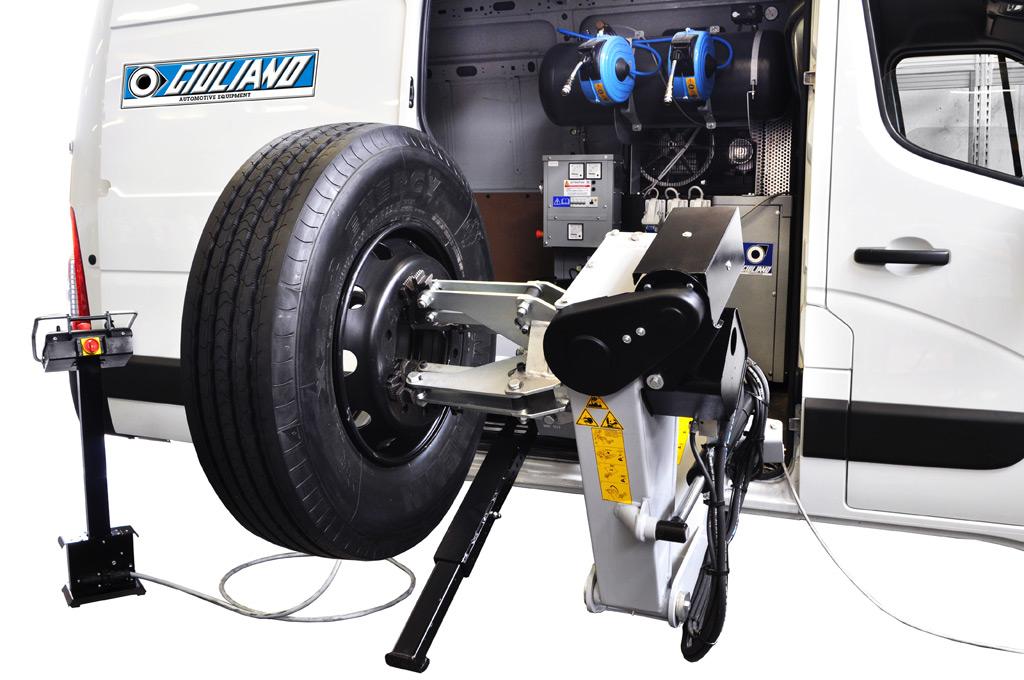 tyre changer for mobile service s 562 truck bus transporation vehicle. Black Bedroom Furniture Sets. Home Design Ideas